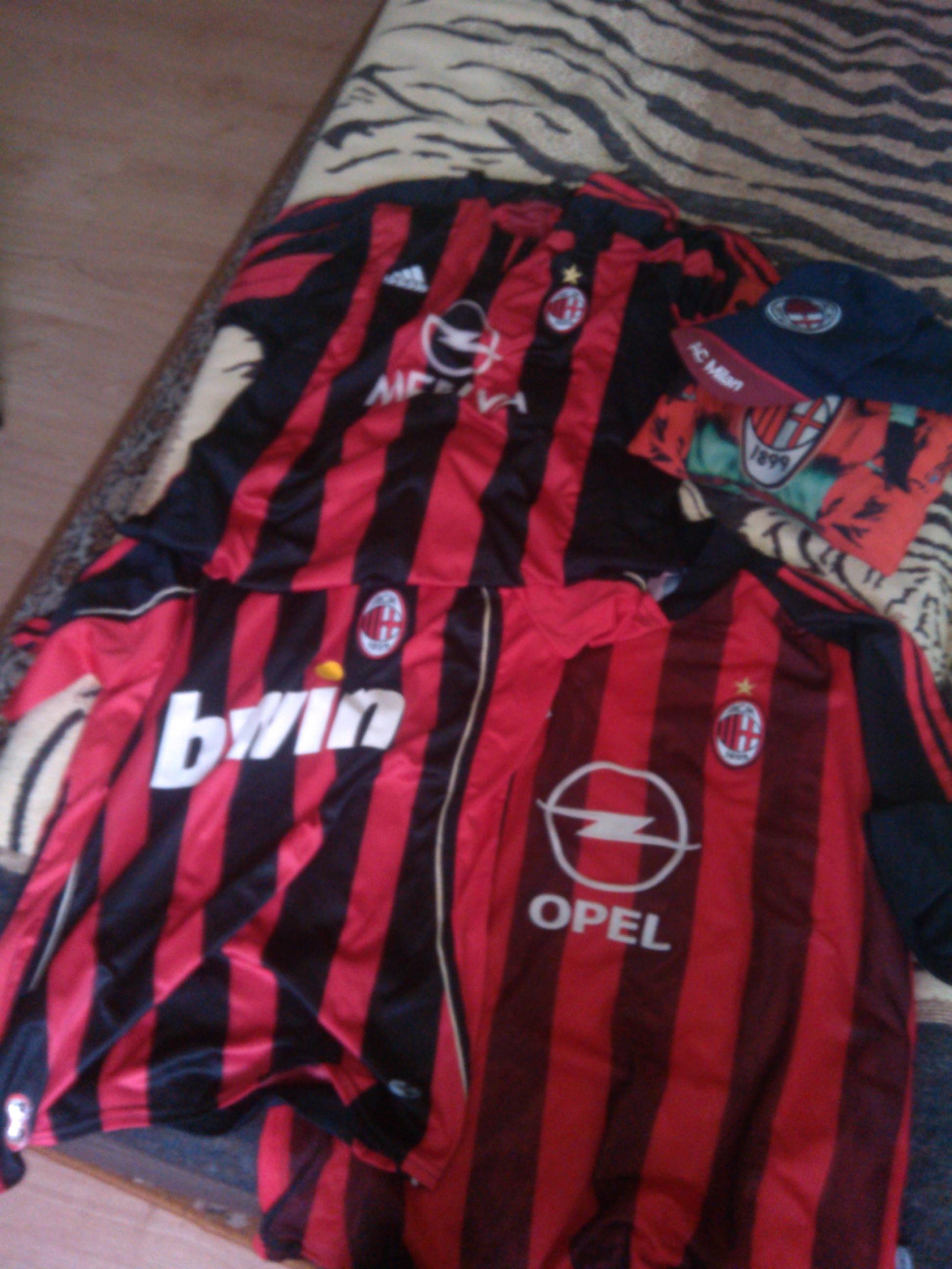 Koszulki Milanu