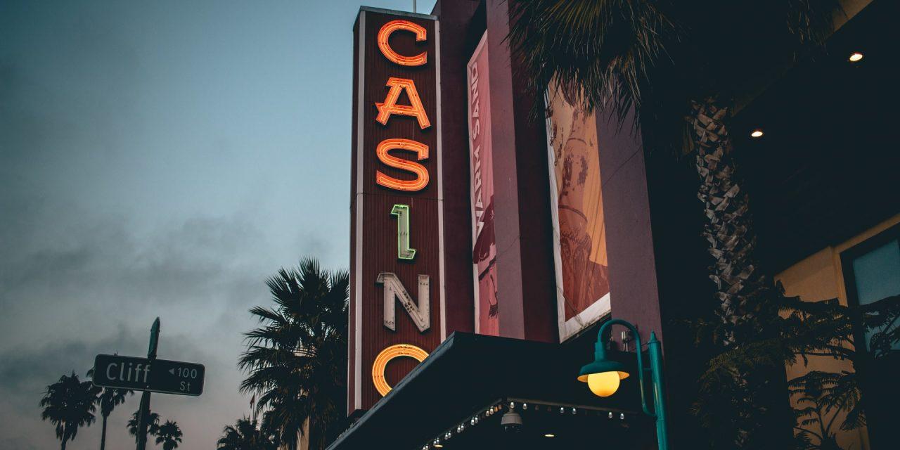 Kto i dlaczego gra w kasynie online?